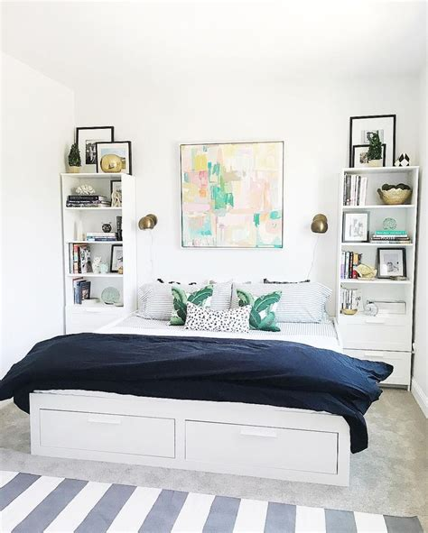 Green Upholstered Headboard by The 25 Best Ideas About Ikea Daybed On Pinterest Beach
