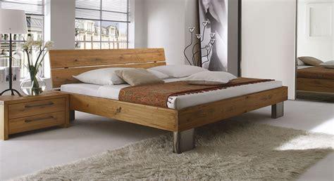Bett Als by Bett Fuego Aus Wildeichenholz Als Einzelbett Doppelbett