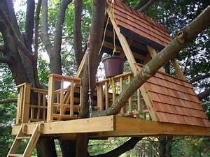 die 25 besten ideen zu baumhaus bauen auf pinterest With französischer balkon mit kletterturm kinder garten