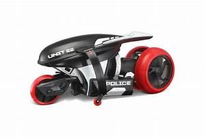 Top Jouet 2016 : d couvrez les gagnants du grand prix du jouet 2016 la moto cyclone 360 gagne la cat gorie ~ Medecine-chirurgie-esthetiques.com Avis de Voitures