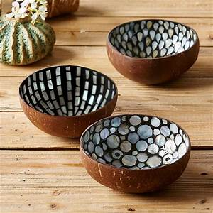 Assorted Pearl & Coconut Teardrop Bowls design by Tozai