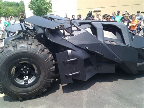 What Size Tires Does The Dark Knight Batmobile Have