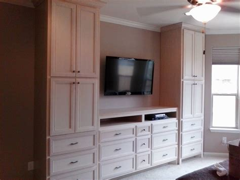 Bedroom Cabinet Design With Dresser by Wall Wardrobe Units Interior Wall And Wardrobe Design
