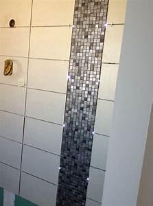 mosaique salle de bain blanche inspirations avec chambre With salle de bain avec frise mosaique