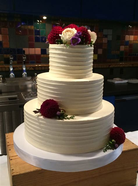 classic wedding cakes version white flower cake shoppe