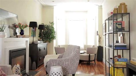 Home Design Makeover Android : Small & Narrow Family Room Makeover