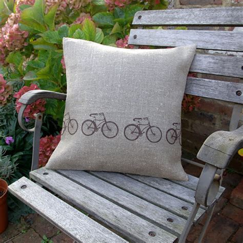 bike themed decor brings hint  spring home velojoy