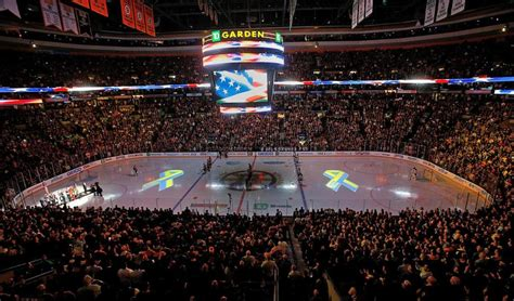 boston garden events hear it bruins fans belt out anthem in event since