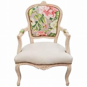 Fauteuil De Style : les plus beaux fauteuils maison design ~ Teatrodelosmanantiales.com Idées de Décoration
