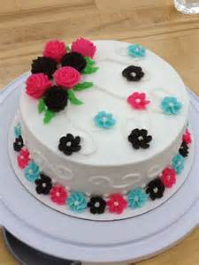 Michaels Cake Decorating Class Sign Up by My Wilton Course 1 Final Cake Wilton Cake Making Pinterest