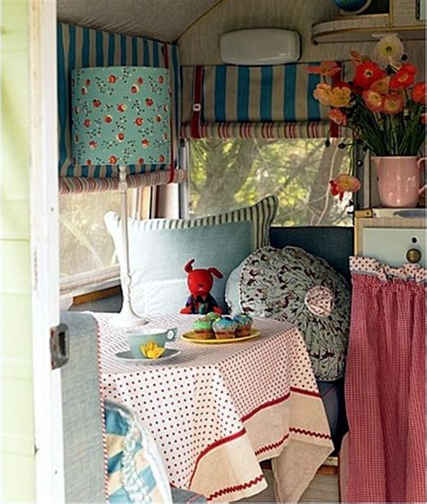 Floral Red Curtains by Caravan Decoration Set The Caravan With A Retro Touch