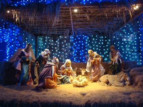 merry christmas nativity photo santa claus the real grinch of christmas the big deal
