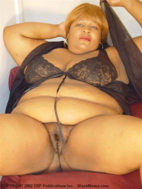 Fat Dark Skinned Mama In Revealing Black Lingerie Shows