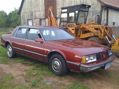 Pageninetynine 1986 Oldsmobile Delta 88 Specs, Photos
