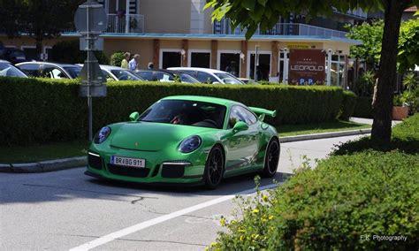 porsche signal green paint 2016 porsche 911 gt3 rs revscene automotive forum