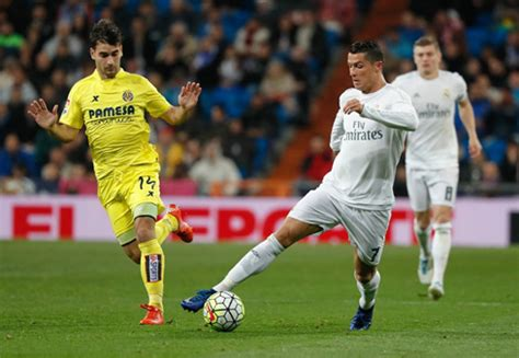 Real Madrid 3-0 Villarreal. Still in the fight!