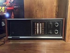Vintage 1972 Panasonic Am  Fm Table Radio Re-7371