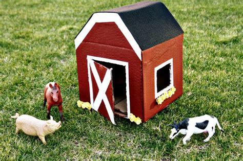Diy Red Barns- 2 Ways {kid Crafts}