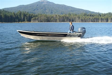 Javelin Boat Dealers Near Me by Alumaweld Premium Welded Aluminum Fishing Boats For Sale