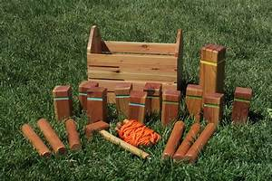 Kubb Set with Carrying Case and Integrated Mallet