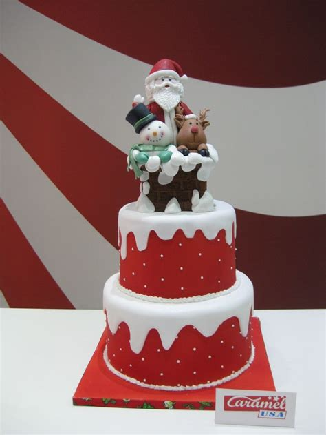 easy classy christmas tree from fondant 1000 ideas about fondant cake on cakes fondant and fondant cakes
