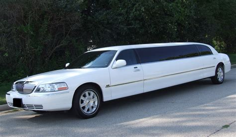 Limo Town Car Service by Limousine Luxury Town Car Fleet Luxury Limousine Orlando