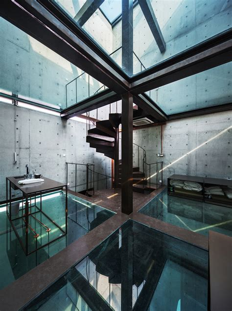 vertical glass house atelier fcjz archdaily