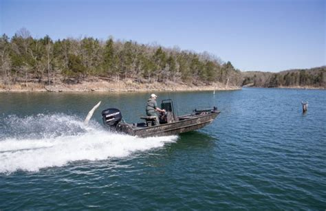 Crestliner Boats Retriever by Five Affordable Aluminum Fishing Boats For Sale Boats