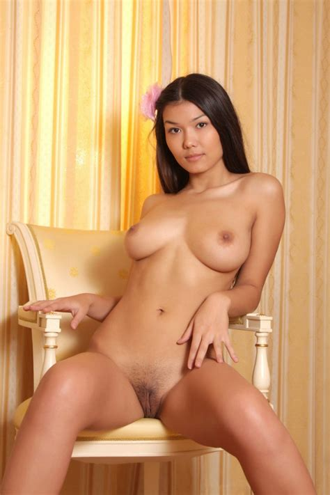 Naked Asian Babe With Great Big Boobs And Shaved Pussy