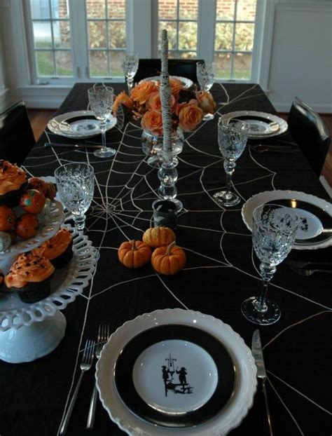 18 Scary Halloween Table Decorations  Party Decorations