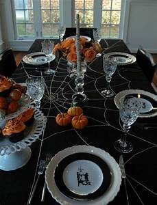 18 Scary Halloween Table Decorations - Decoration Y