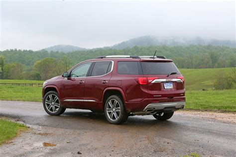 2017 Gmc Acadia Denali Features, Equipment
