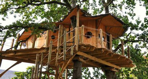 chalet dans les arbres vosges dormir 233 colo et insolite guide et carte
