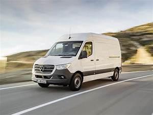 Mercedes Sprinter Le Plus Fiable : nouveau mercedes sprinter 3 des changements internes tapis utilitaires ~ Medecine-chirurgie-esthetiques.com Avis de Voitures
