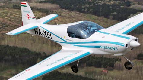 Electric Plane Motor by Prototype Electric Plane Crash Kills Two Pilots