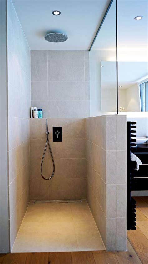 Schicke Moderne Badezimmer by Efh Oberwil Lieli Badezimmer F 252 Glistaller Architekten