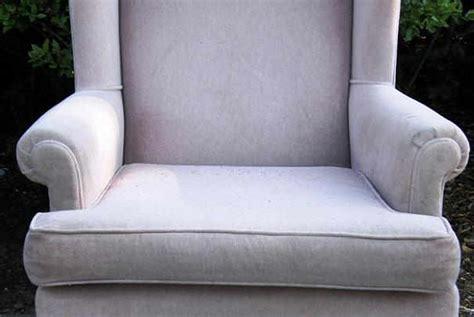 comment nettoyer un fauteuil en velours comment nettoyer des fauteuils en velours