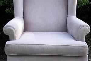 Comment Nettoyer Un Canapé En Velours : comment nettoyer des fauteuils en velours ~ Dode.kayakingforconservation.com Idées de Décoration