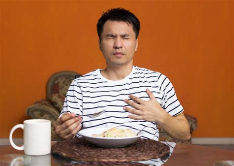 Cough After Eating Causes Treatment And Foods