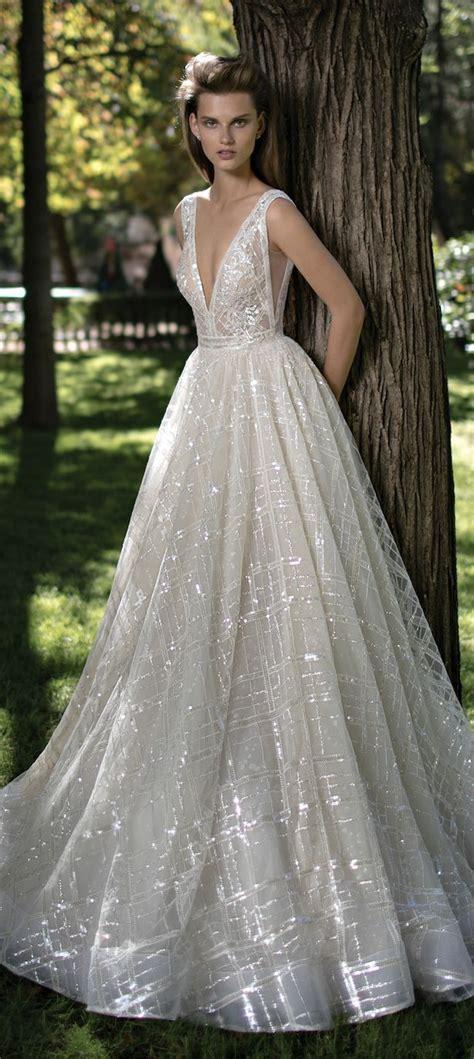 Best 25 Unique Wedding Dress Ideas Only On Pinterest