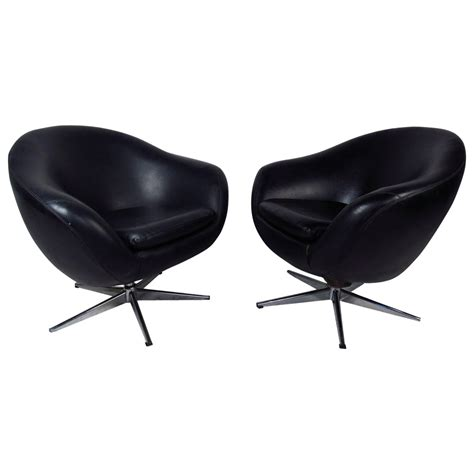 midcentury pair of overman pod swivel chairs for sale at