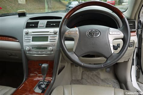 toyota camry  review   established brand