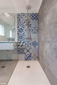 10 inspirations deco special carreaux de ciment mikit for Carrelage petit carreau salle de bain