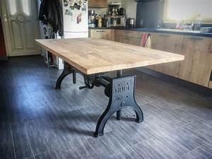 Table Metal Bois : table l vatrice industrielle pied hupe en fonte cr ation sur mesure ~ Teatrodelosmanantiales.com Idées de Décoration