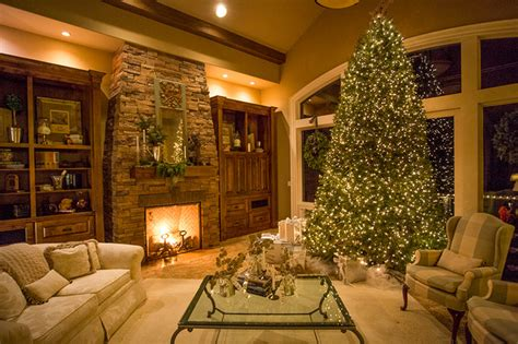 holiday decorating traditional living room portland