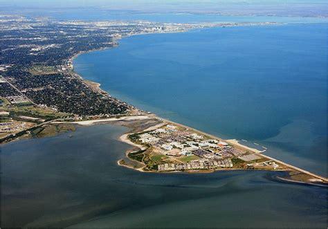 Corpus christi is texas's largest coastal city and the gateway to padre island. Corpus Christi Bay - Wikipedia