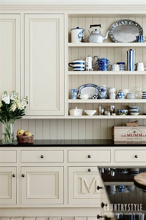 images galley kitchens best 20 country kitchen shelves ideas on 1811