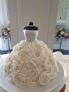 perfect for a bridal shower bridesmaid tips bridal With images of wedding shower cakes