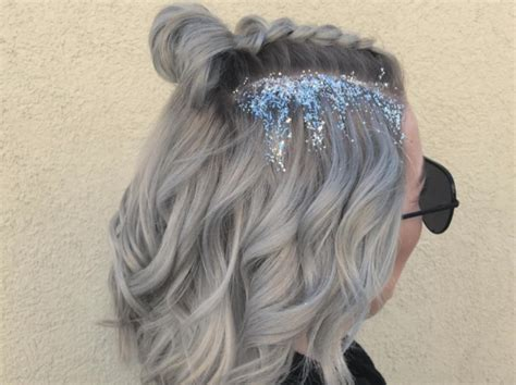 Omg This Artsy Ice Queen Hairstyle Is The Best Festive Holiday Party Hair Inspo Weve Seen Yet