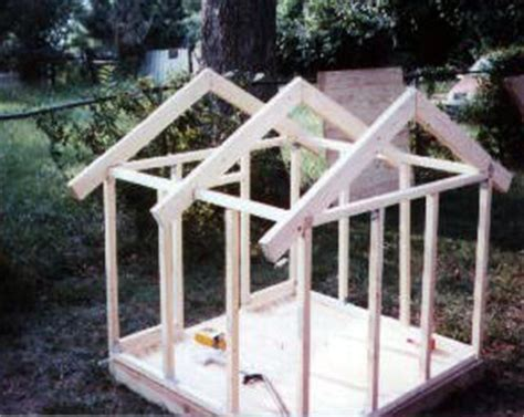 doghouse construction guide roof joist fastened  frame